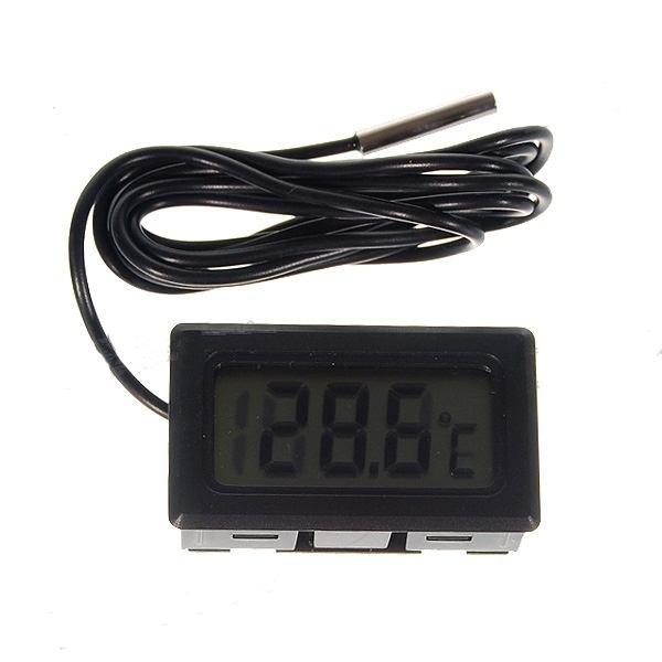 Цифровой термометр с внешним датчиком. - 1
